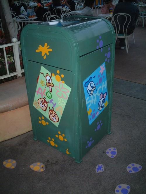 ゴミ箱落書き2